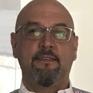 Dr. Gabriel Martínez